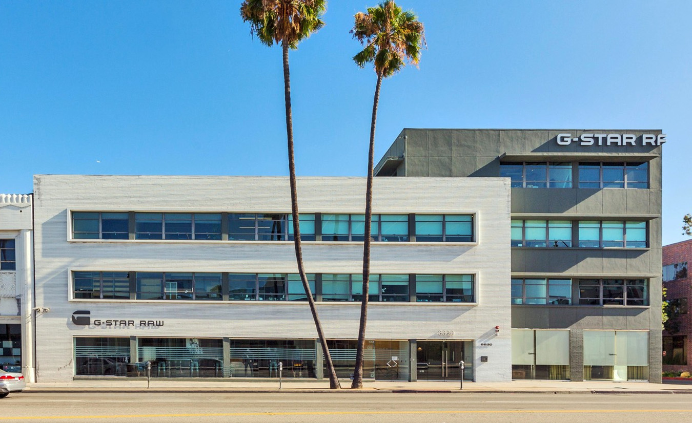 Rent Beverly Hills Office Space at 8820 Wilshire Blvd